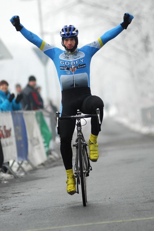 MČR Cyklokros 2009 - Kolín: Zbyněk Ocásek mistrem republiky Masters M30