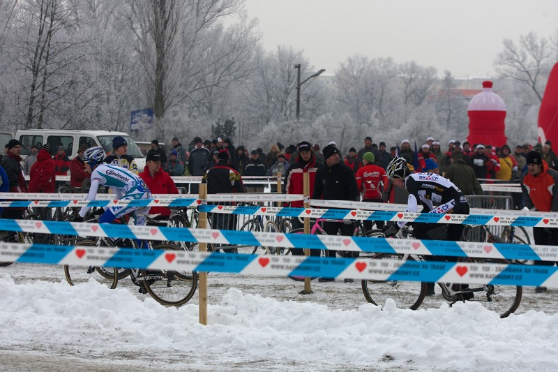 Mistrovství ČR cyklokros - Kolín 10.1. 2009 - předposlední kolo - Štybar a Šimůnek
