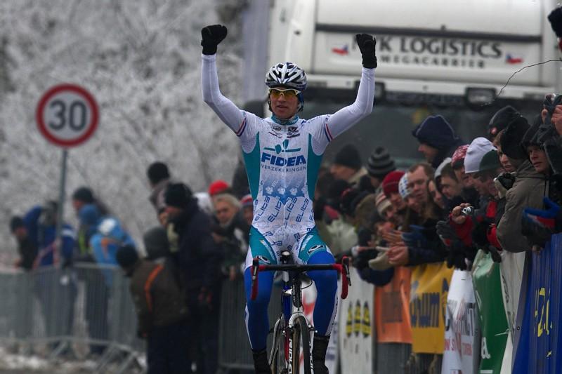 Mistrovství ČR cyklokros - Kolín 10.1. 2009 - třetí titul v kapse - Zdeněk Štybar