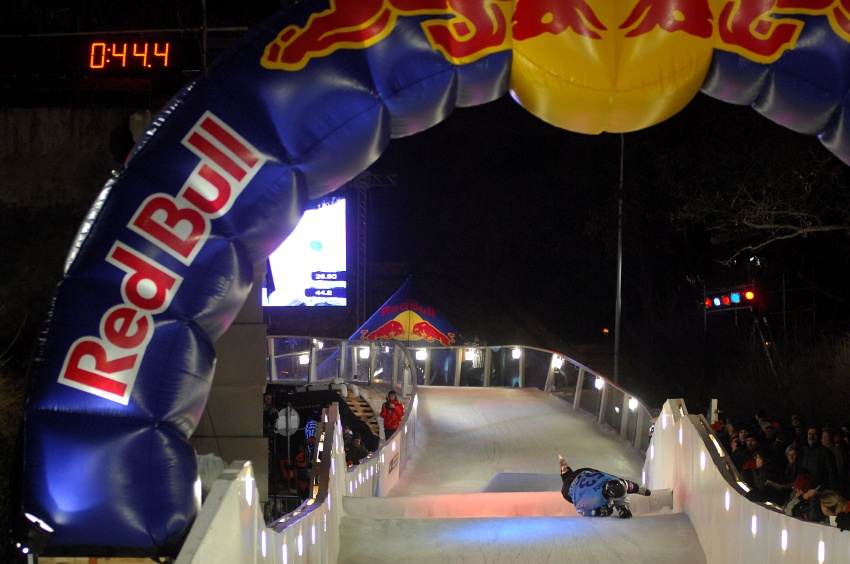 Red Bull Crashed Ice 2009 - Praha Vy�ehrad: c�l