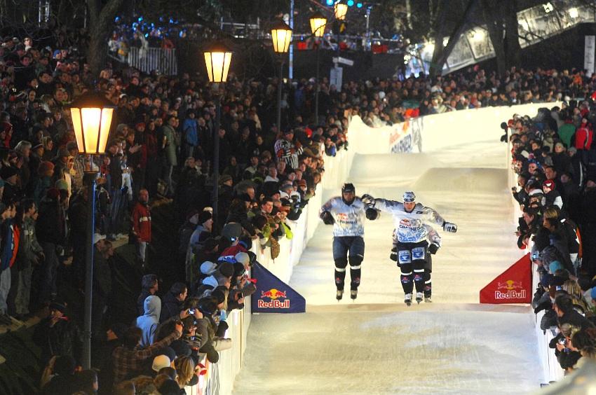 Red Bull Crashed Ice 2009 - Praha Vyšehrad: Žemlička, Straka, Hašek
