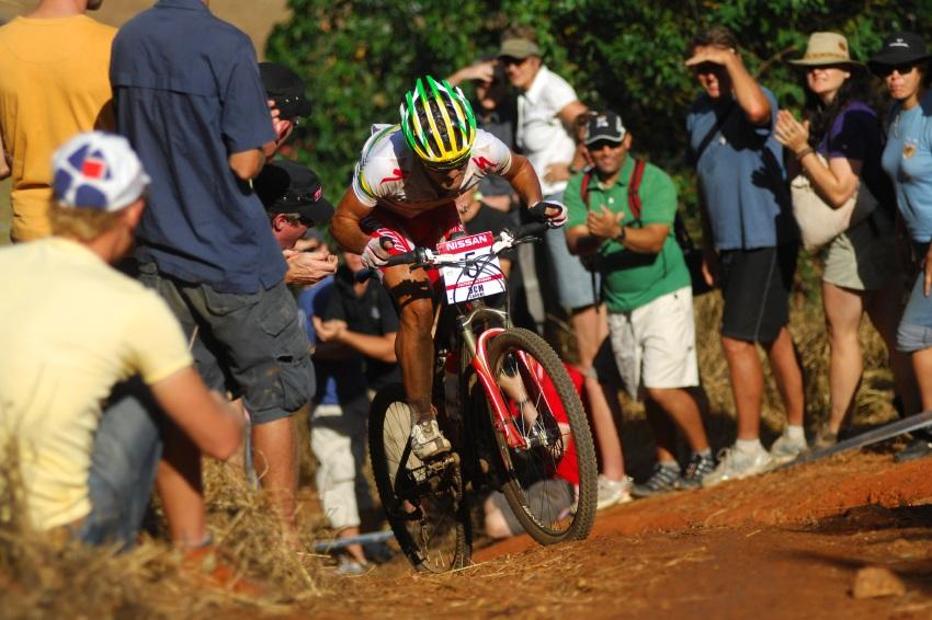SP XC #1 2009 - Pietermaritzburg /RSA/: Burry Stander v nejprud��m v�jezdu