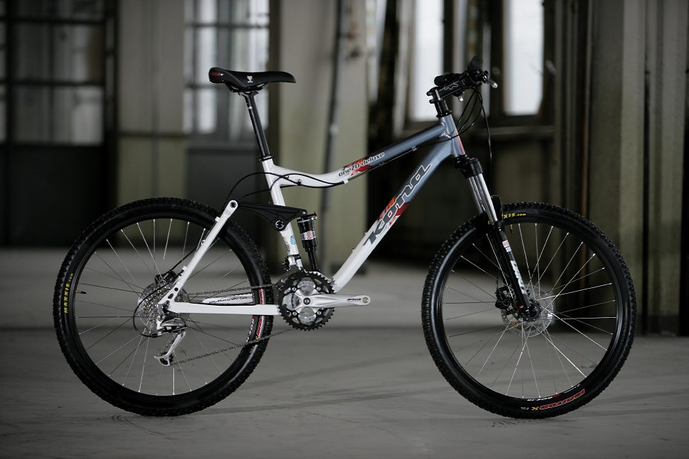 Kona One20 Deluxe preview 2009
