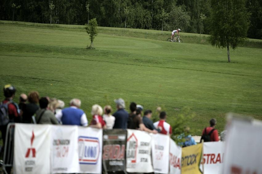 Kelly's Malevil Cup 2009 - ČP XCM #2: Jiří Hudeček se blíží do cíle krátké trasy