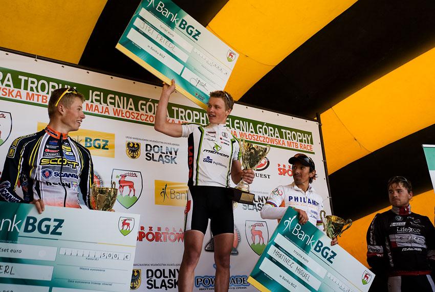 "Maja Wloszczowska MTB Race - Jelenia Góra 9.5. 2009 - Jiří Friedl: ""Pánové, kdo z vás tam má víc...?"""