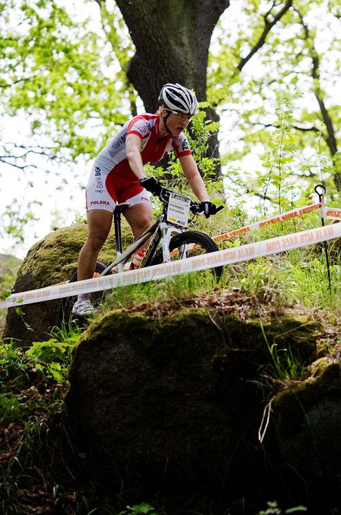 Maja Wloszczowska MTB Race - Jelenia Góra 9.5. 2009 - velká část závodu byla mezi skalami