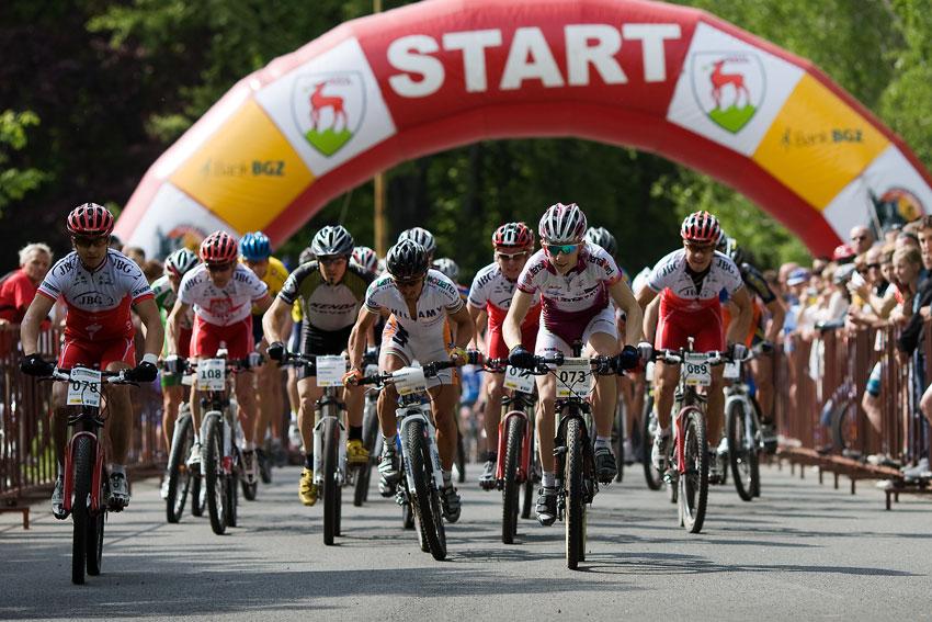 Maja Wloszczowska MTB Race - Jelenia Góra 9.5. 2009 - Odstartováno!