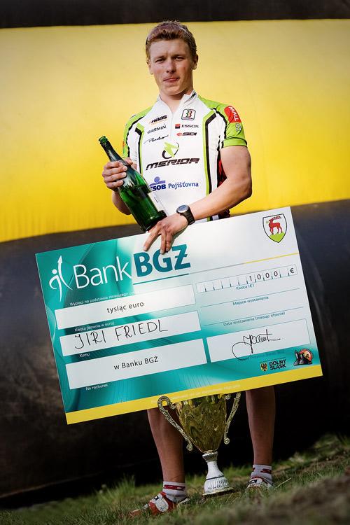 Maja Wloszczowska MTB Race - Jelenia Góra 9.5. 2009 - suma na šeku za vítězství: v Polsku realita, u nás... :-(