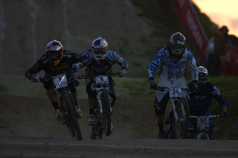 Nissan UCI MTB World Cup 4X #2 - Houfalize /BEL/ 1.-2. 5. 2009 - Michal Prokop, Gee Atherton a Lewis Lacey
