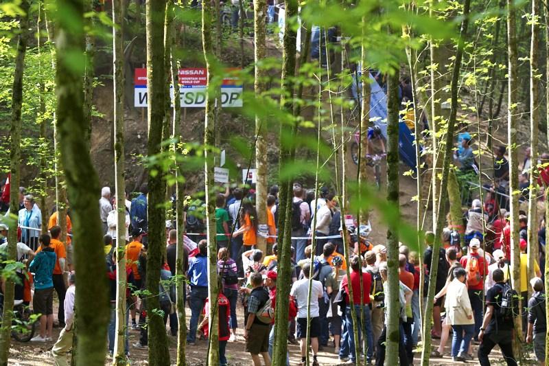 Nissan UCI World Cup #2 Offenburg /GER/ 25.4.2009, jako vyst�i�en� z kn�ek Ond�eje Sekory
