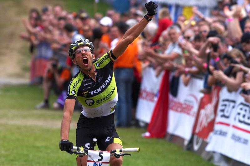 Nissan UCI World Cup #2 Offenburg /GER/ 25.4.2009, stříbrný Wolfram Kurschat měl důvod k radosti