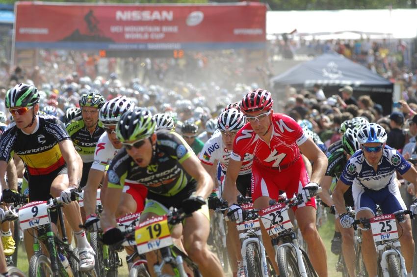 Nissan UCI World Cup #2 Offenburg /GER/ 26.4.2009 - start mu��