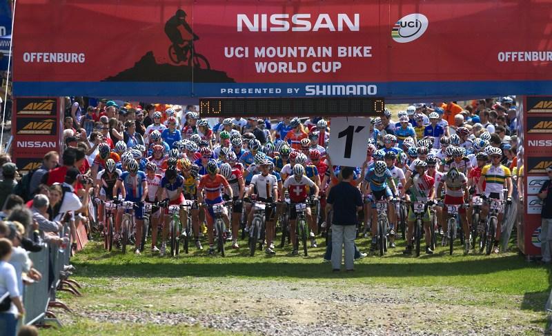 Nissan UCI World Cup #2 Offenburg /GER/ 25.4.2009, adrenalin začíná stoupat! minuta do startu!