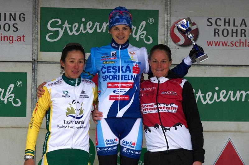 Alpentour Trophy, Schladming /AUT/ - 1. etapa, 29.5. 2009 - Tereza Huříková se z prvního místa již nehnula