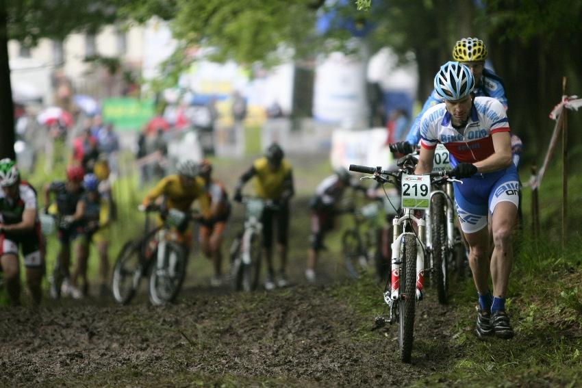 ČP MTB XC #2 Česká Kamenice 2009: Tomáš Najser na čele Masters