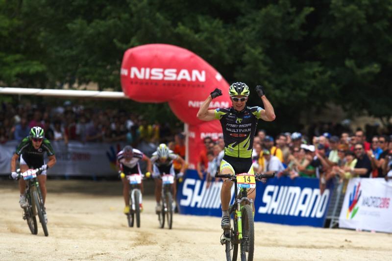 Nissan UCI MTB World Cup XC #4 - Madrid 24.5. 2009 - Moritz Milatz se poprv� v �ivot� probojoval na stupn� v�t�z�