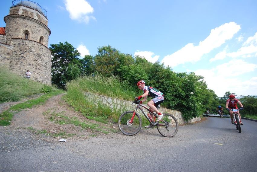 Specialized Extrém Bike Most 2009: stoupání k Hněvínu
