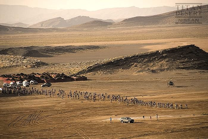 Nissan Desert Race 2009 start