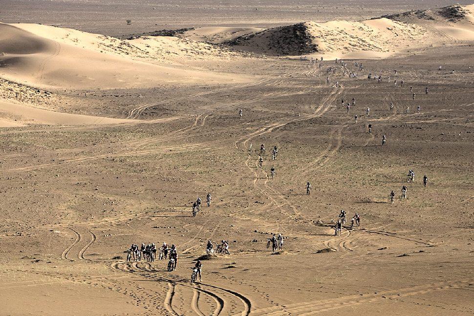 Nissan Desert Race 2009 nájezd k duně
