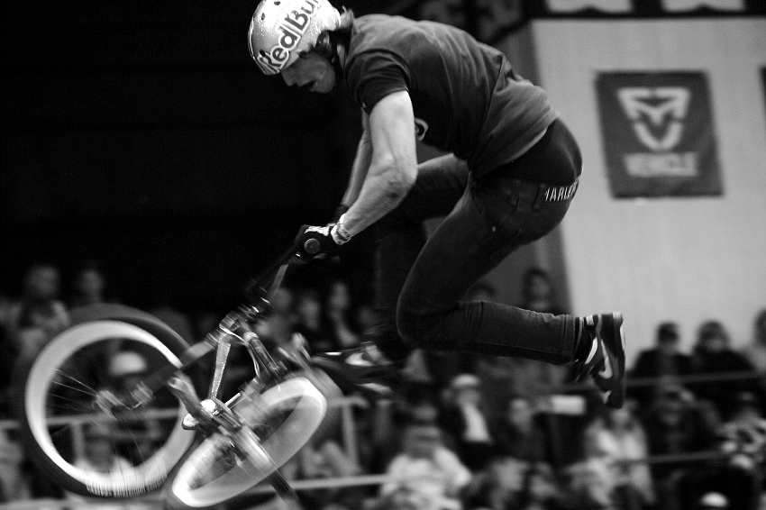 Bike Hall Contest 2009 - Michael Beran: Tailwhip