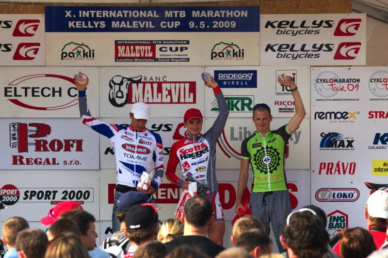 """Kelly's Malevil Cup 2009 - ČP XCM #2: vítězové """"krátkého"""" Malevilu - 1. Hudeček, 2. Bubílek, 3. Novota"""