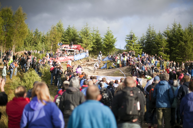 Nissan UCI World Cup DH & 4X #4 - Fort William /GBR/ 2009: photo: Gary Perkin