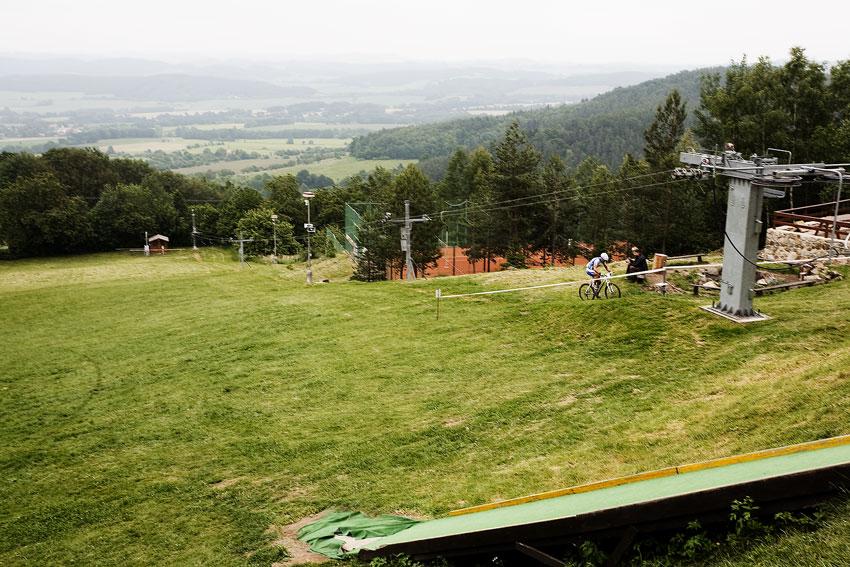 KPŽ 2009 Jistebnický kancionál - Rybařík se sám drápe na vrchol sjezdovky