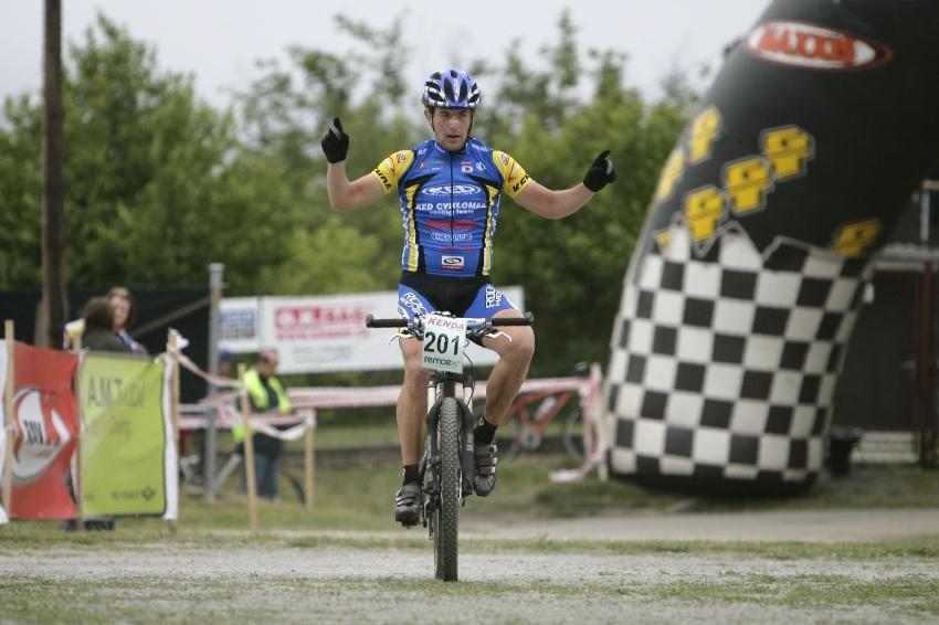 ČP MTB XC #3 2009 - Okrouhlá: Petr Sulzbacher nejlepší v Masters