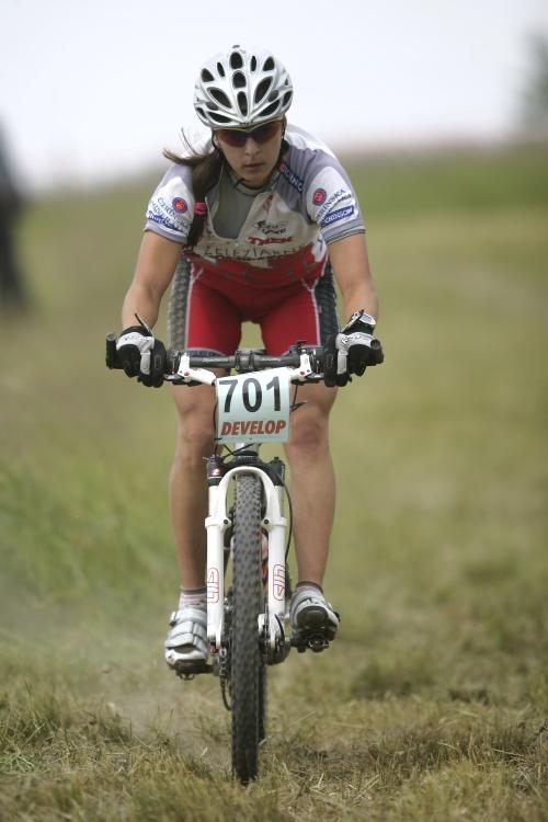 ČP MTB XC #3 2009 - Okrouhlá: nejlepší junorka Natálie Šimorová