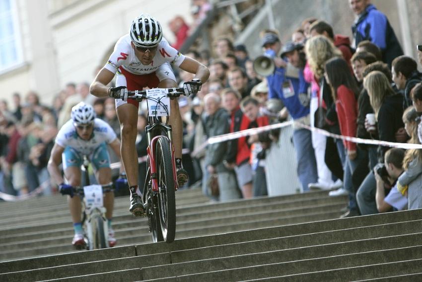 Pražské schody ČS 2009: Christoph Sauser na čele v prvních kolech