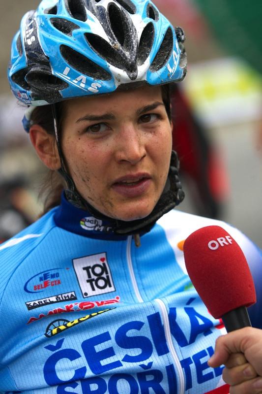 Alpentour Trophy, Schladming /AUT/ - 4. etapa 1.6. 2009 - Tereza Huříková dává rozhovor ORF