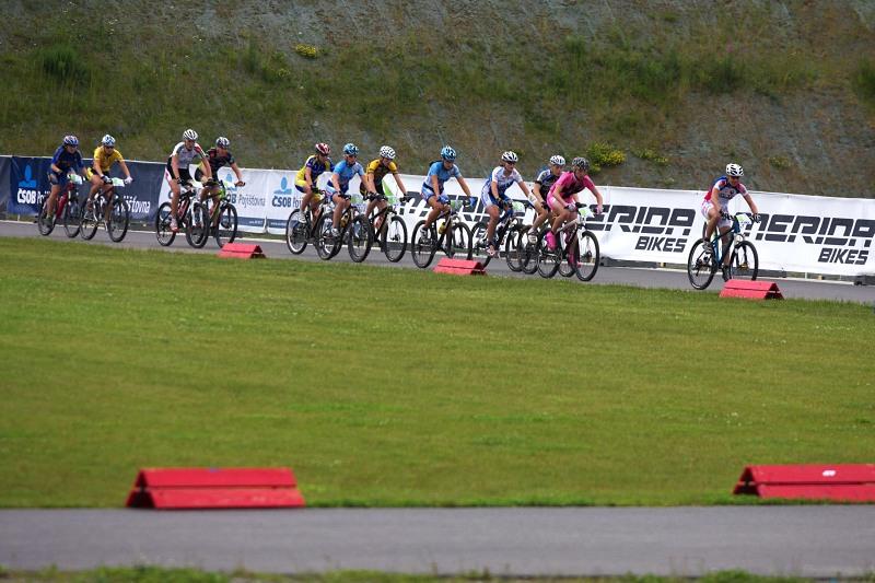 Merida Bike Vysočina 2009 - XCO - start žen