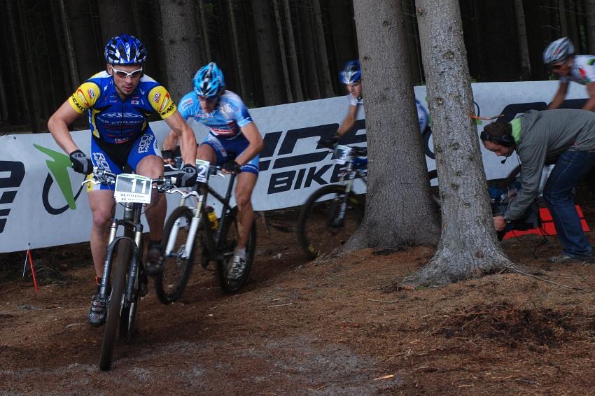 Merida Bike Vysočina 2009 - sprint: Franta Žilák na čele semifinále