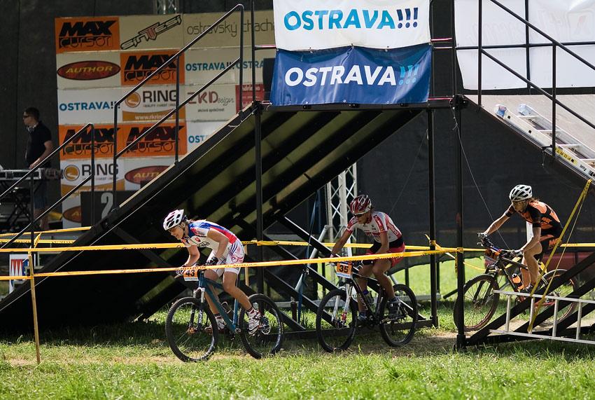 Ostravský Chachar 2009 - Janka Števková začíná tahat...