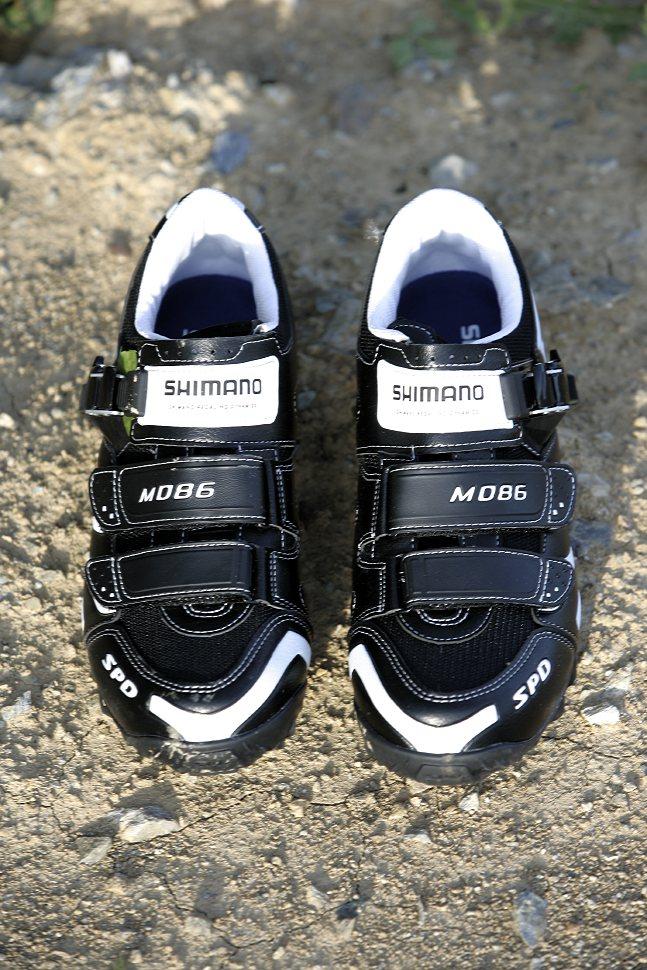 Shimano M086 tretry 2009