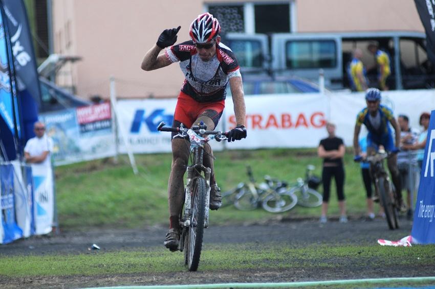 Český pohár XCM #4 2009 - RWE Okoloústí: Tomáš Vokrouhlík vítězí před Janem Hruškou