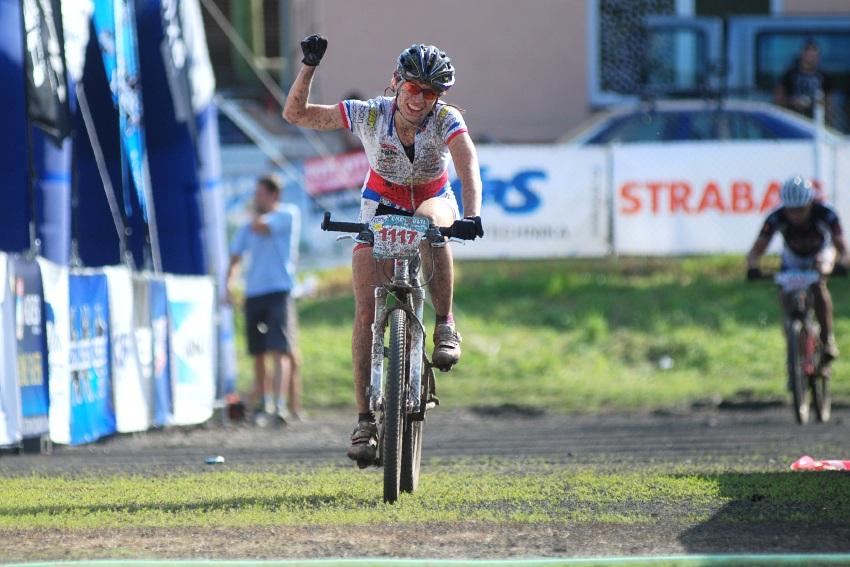 Český pohár XCM #4 2009 - RWE Okoloústí: Alena Krnáčová vítězí na 90 km trati