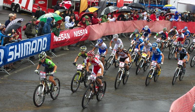 Nissan UCI MTB World Cup XC #5 - Mont St. Anne /KAN/ 26.7.2009 - start žen