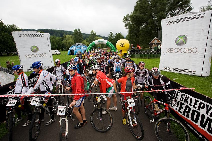 Bikechallenge 2009 - na startu v pop�ed� L�da Damkov� (064)