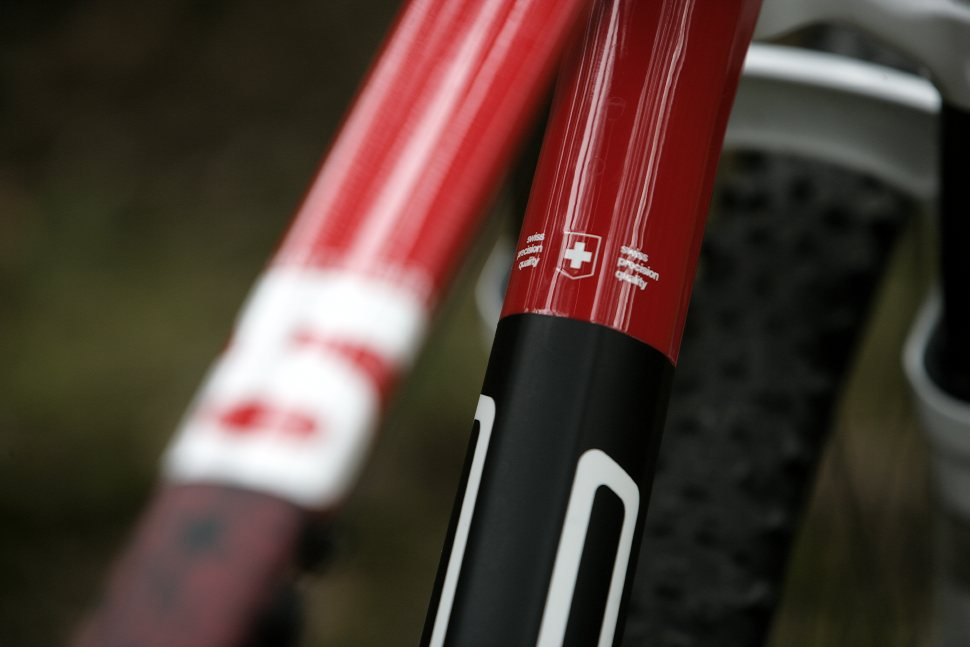 BMC TE01 karbonové preview