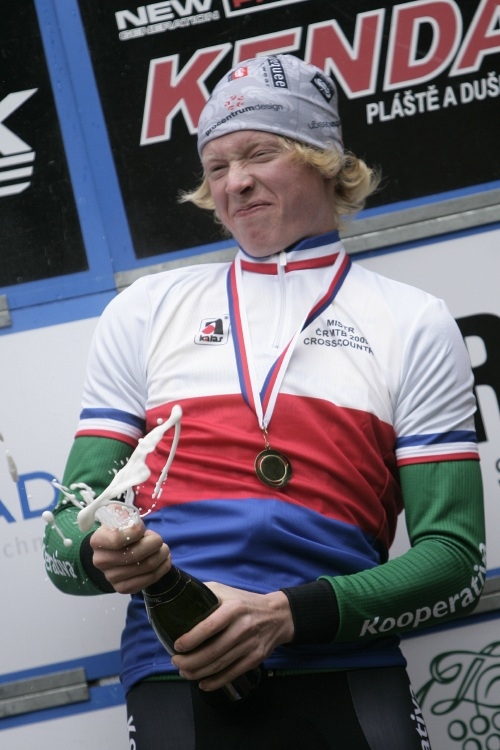 Mistrovství ČR MTB XC 2009 - Karlovy Vary: Jan Nesvadba juniorským mistrem ČR