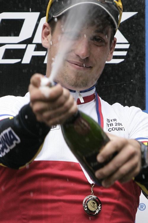 Mistrovství ČR MTB XC 2009 - Karlovy Vary: Lukáš Sáblík mistrem ČR mezi muži do 23 let