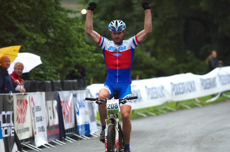 Mistrovství ČR MTB XC 2009 - Karlovy Vary - Tomáš Najser obhájil titul v kategorii Masters