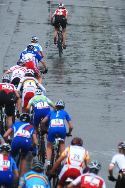 Mistrovstv� Evropy XC 2009 - Zoetermeer /NED/ - mu�i & �eny Elite: start �en