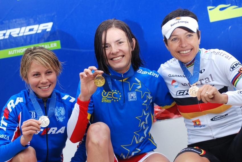 Mistrovství Evropy XC 2009 - Zoetermeer /NED/ - muži & ženy Elite: 1. Wloszczowska, 2. Kalentieva, 3. Spitz