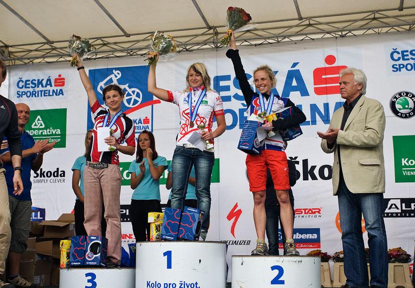 KP� Praha-Karl�tejn 2009 - 1. Hanu�ov�, 2. �ern�, 3. P�ni�kov�