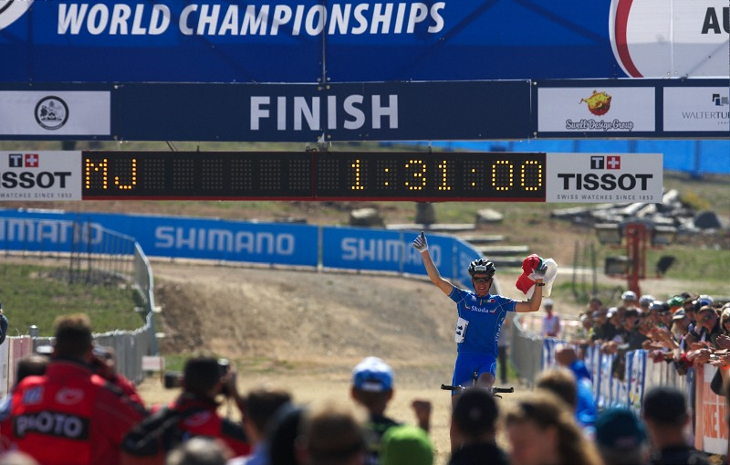 Mistrovství světa MTB XC 2009, Canberra /AUS/ - Gerhard Kerschbaumer se raduje z titulu mistra světa