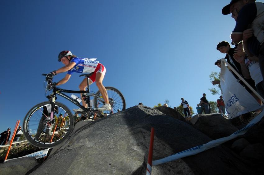 Mistrovství světa MTB XC 2009 - ženy U23: Julie Bresset na HammerHeadu