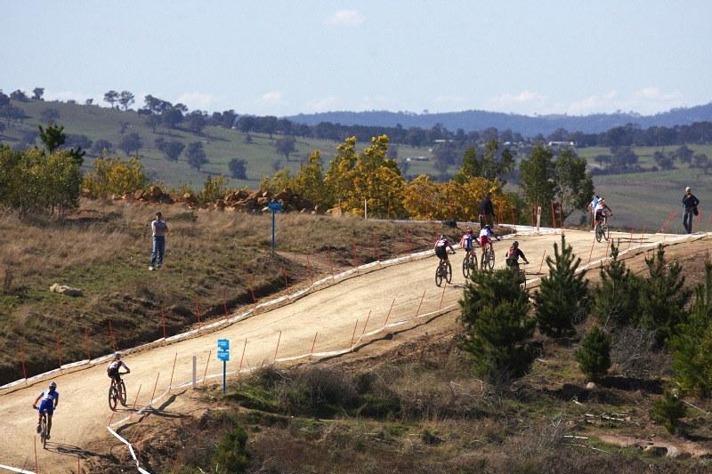 Mistrovství světa MTB XC 2009, Canberra /AUS/ - na špici nechybělo zpočátku Tereze mnoho...