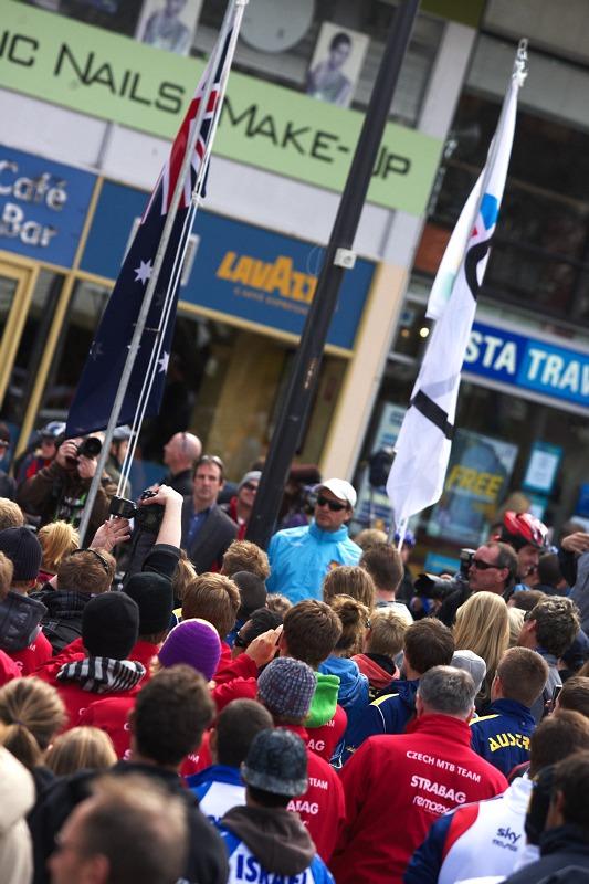 Mistrovství světa MTB 2009, Canberra 1. den - vlajka vzhůru letí